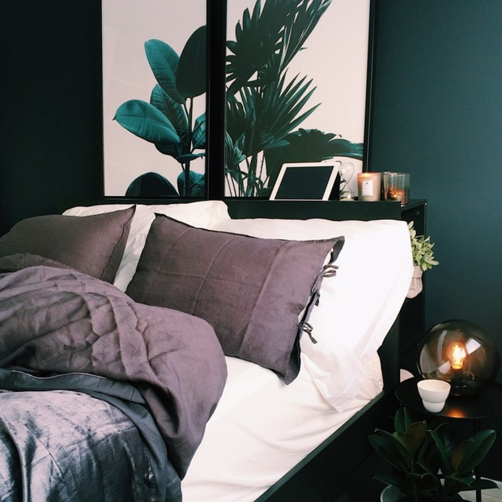 Green bedroom with plant art, interior design trends for 2019, MGSD