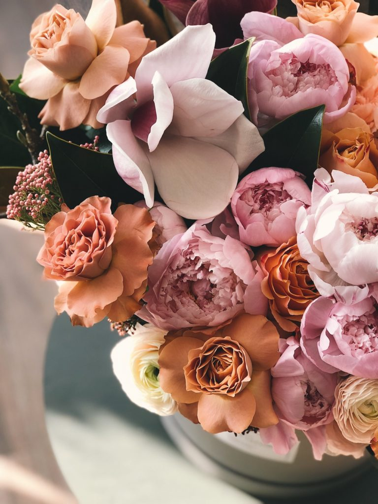 Pink flower arrangement in vase, interior decorating tips, MGSD