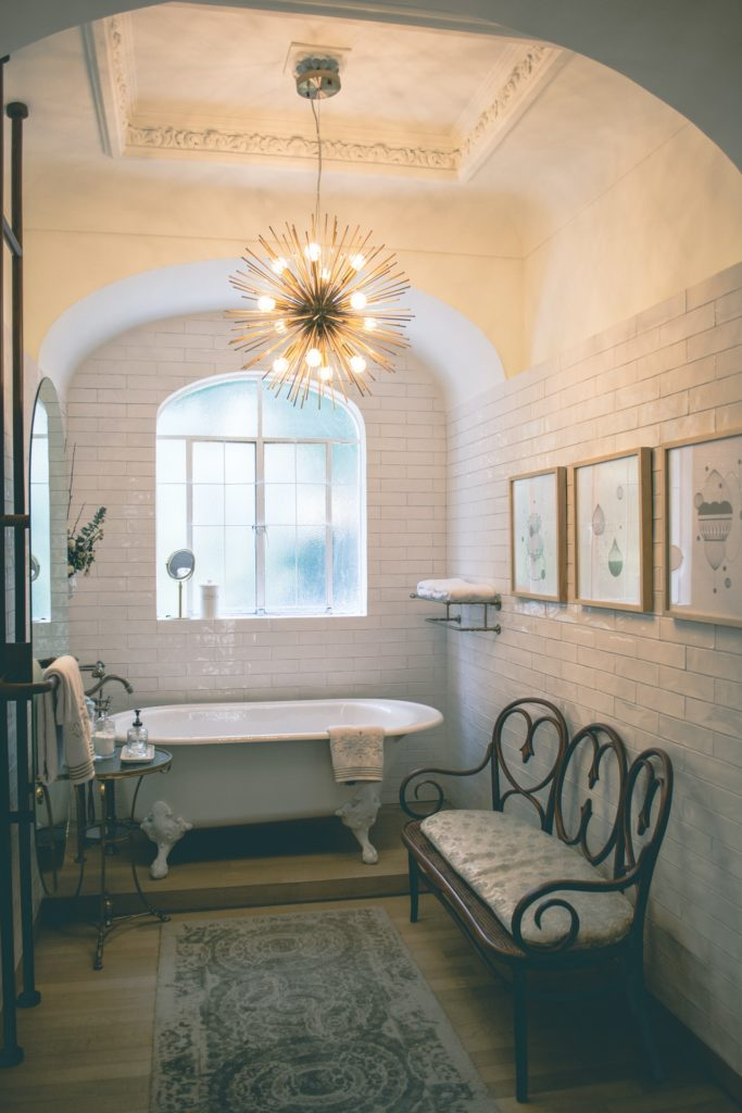 Bathroom with eclectic design style and neutral tiles, eclectic interior design style, Michael Gainey Signature Designs