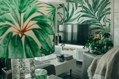 Botanical print living room; interior design patterns, Michael Gainey Signature Designs