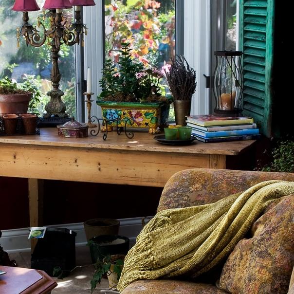 Porch Parisian