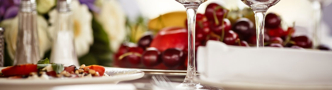 Style Is Served – Table Setting Tips To Impress Your Guests